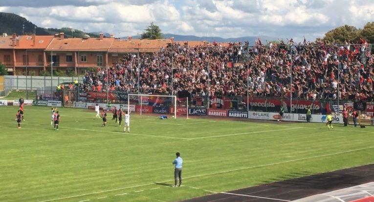 Lecce, te la vedrai con la Sambenedettese: vince a Gubbio col brivido