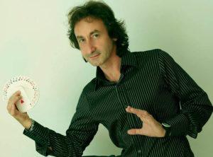 Monteprandone, la magia di Roberto Palumbo oltre i confini della mente