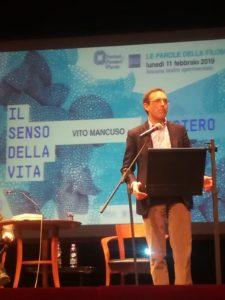 Ancona: Le Parole della FIlosofia, Teatro Sperimentale pieno per Vito Mancuso