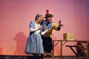 Con Alice della compagnia romagnola Fratelli di Taglia si chiude a Porto San Giorgio la rassegna Domenica a teatro