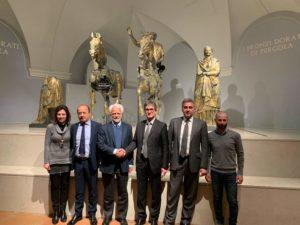 Storia e tecnologia: aperta la nuova sala immersiva dei Bronzi dorati di Pergola firmata Paco Lanciano