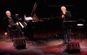 Nel cuore, nell' anima: Gino Paoli e Danilo Rea in piazza Piacentini a San Benedetto