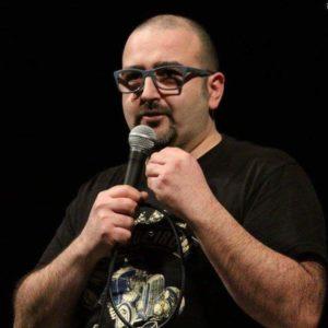 Il comico Francesco Capodaglio in piazza Carducci a Grottammare per Cabaretour 2019