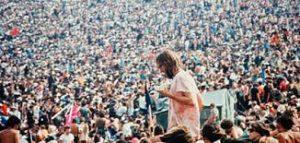 26^ Festival Libero Bizzarri – Expo del Documentario: Woodstock – Tre giorni di pace amore e musica alla Palazzina Azzurra di San Benedetto