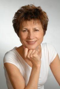 Per Il Porto degli autori ecco Carla Maria Russo con il libro Una storia privata, la saga dei Morando