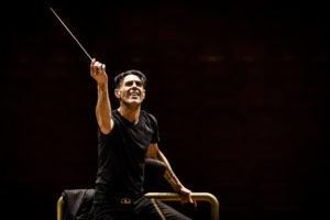 Beethoven 5 lo straordinario concerto della Form con Ezio Bosso al Teatro delle Muse di Ancona