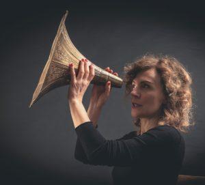 San Valentino speciale al Teatro Comunale di Cagli con Claudia Fofi dal vivo e la sua Teoria degli Affetti
